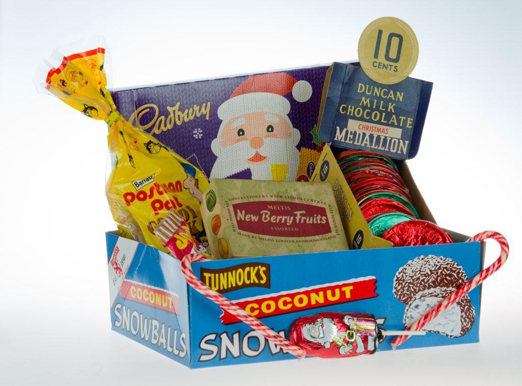 MC430.94, MC777.98, MC149.2001, MC1144.98, MC150.2001, MC809.98, MC2015.20 Red 14693 Christmas sweets